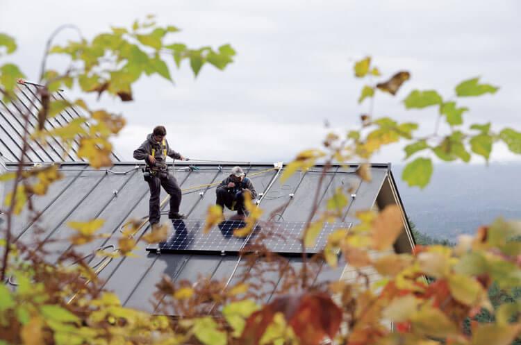 Suncommon Rooftop Solar Panels